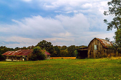 Landscape Painting - Tate Country Barns - Rural Landscape by Barry Jones
