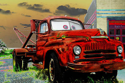 Vintage Pink Cadillac - Tator Tow Mater by Steven Bateson