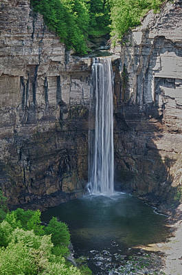 Photograph - Taughannock Falls  0453 by Guy Whiteley