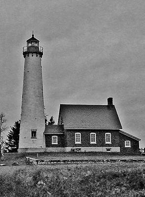 Kitchen Mark Rogan - Tawas Light Black and White by Daniel Thompson