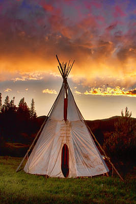 Tee-pees Photograph - Teepee Sunset Portrait by James BO  Insogna