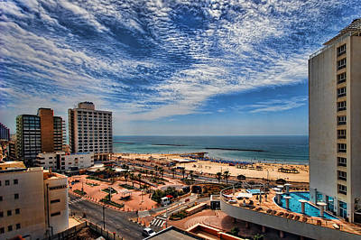 Art Print featuring the photograph Tel Aviv Summer Time by Ron Shoshani