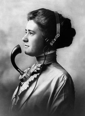 Photograph - Telephone Operator, 1911 by Science Source