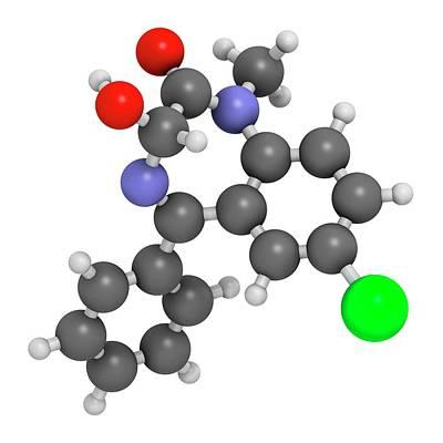 Atomic Image Photograph - Temazepam Benzodiazepine Drug Molecule by Molekuul