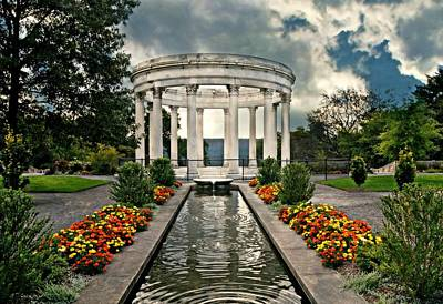 Photograph - Temple At Untermyer by Diana Angstadt
