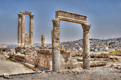 Photograph - Temple Of Hercules In Amman by David Birchall
