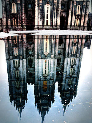 Print featuring the photograph Temple Reflection by Jim Hill