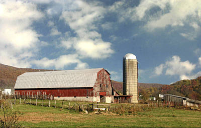 Photograph - Tennessee Barn by Robert Camp