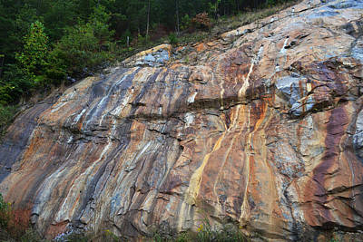 Photograph - Tennessee Painted Rock Fall by RD Erickson