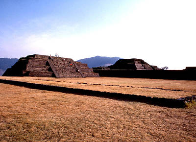 Photograph - Teotenango Pyramids by Robert  Rodvik