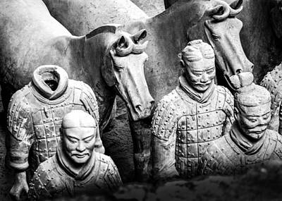 Photograph - Terracotta Soldiers 5 by Karen Saunders
