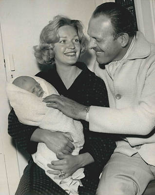 Terry Thomas Flies Here To See His Baby Art Print by Retro Images Archive