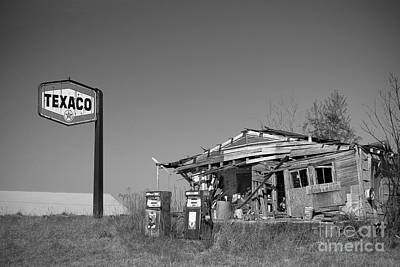 Photograph - Texaco Country Store In Black And White by T Lowry Wilson