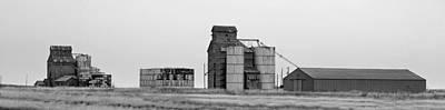 Photograph - Texas Grainery Pan by Jeff Brunton