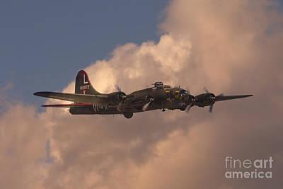 B-17 Digital Art - Texas Raider by J Biggadike