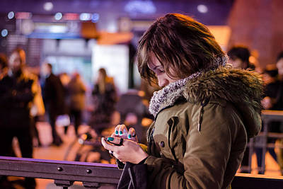 Photograph - Texting by Pablo Lopez
