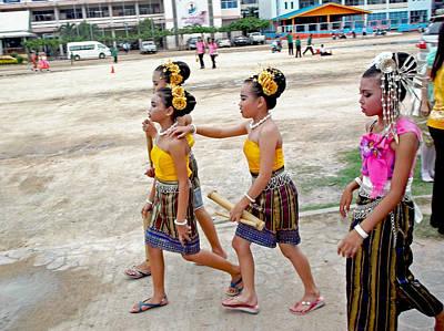 Photograph - Thai Girls Asanha Bucha Day by Paul Rainwater