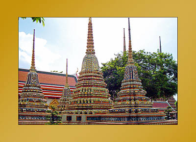 Photograph - Thailand Temples 1 by Jeff Brunton