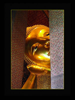 Photograph - Thailand Temples 3 by Jeff Brunton