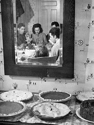 Photograph - Thanksgiving, 1940 by Granger