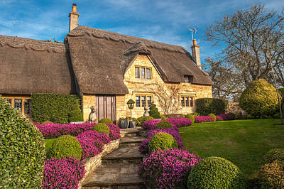 Thatched Cottage Chipping Campden Cotswolds Art Print by David Ross