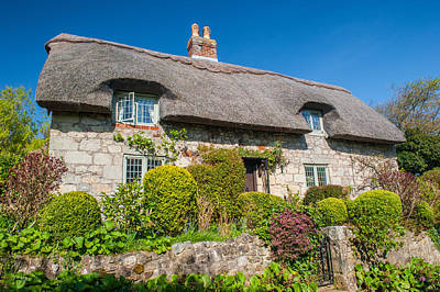Thatched Cottage Godshill Isle Of Wight Art Print by David Ross