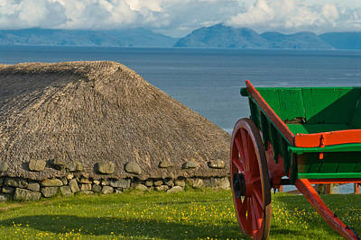 Thatched Cottage In Kilmuir Isle Of Skye Art Print by David Ross