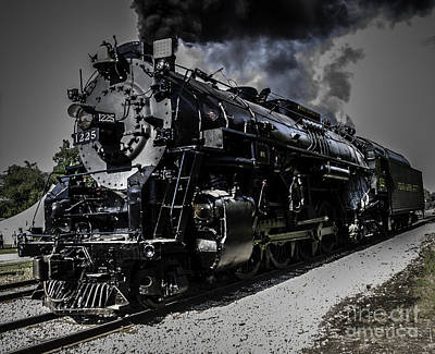 Photograph - The 1225 by Ronald Grogan