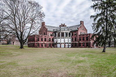 The Abandoned Building 17  - Norristown State Hospital Art Print by Bill Cannon