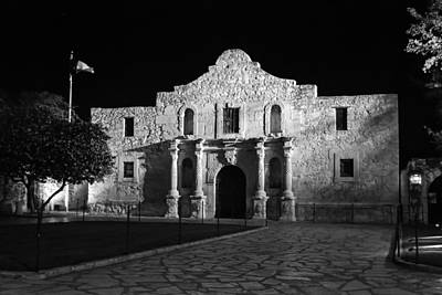 Photograph - The Alamo At Night In Black And White by Gregory Ballos