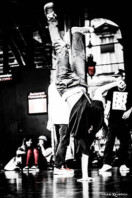 Photograph - The Amazin Break Dancer by Stwayne Keubrick