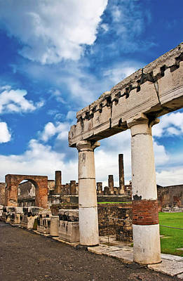 Sites Photograph - The Ancient Ruins Of Pompeii, Italy by Miva Stock