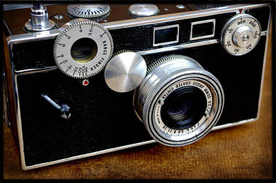 Photograph - The Argus C3 Lunchbox Camera by James C Thomas