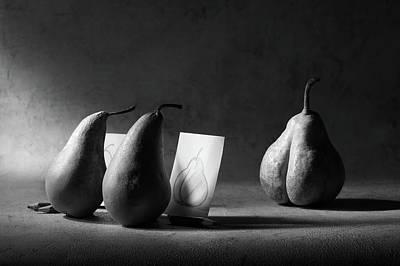 Teach Photograph - The Art Class by Victoria Ivanova