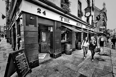 Photograph - The Auld Dubliner by Jim Orr