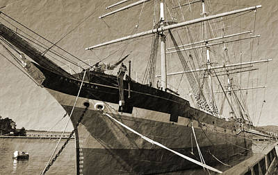 Photograph - The Balclutha by Holly Blunkall