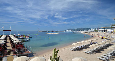 Photograph - The Beach At Cannes by Allen Sheffield