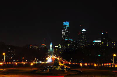 Cityscape Photograph - The Benjamin Franklin Parkway At Night by Bill Cannon