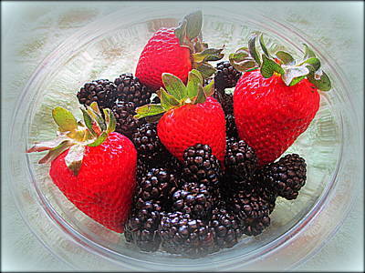 Photograph - The Berries by Kay Novy