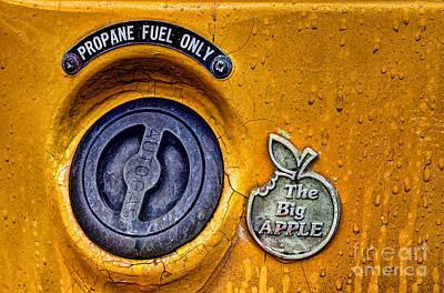 Checker Cab Photograph - The Big Apple by John Farnan