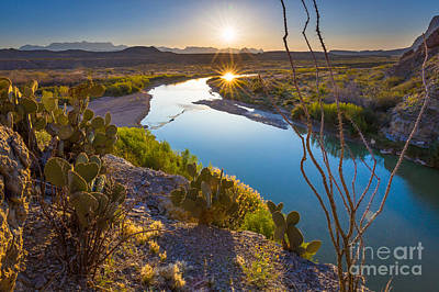 Sunburst Photograph - The Big Bend by Inge Johnsson