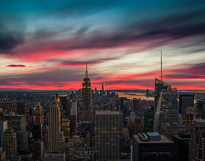 New York City Skyline Photograph - The Big Red Apple by Peter Irwindale