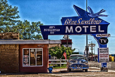Photograph - The Blue Swallow Motel by Jim McCain