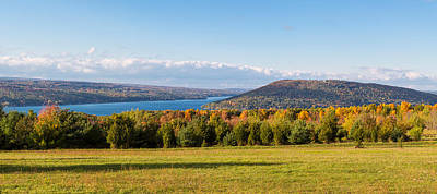 Keuka Lake Photograph - The Bluff On Keuka Lake In Autumn by Panoramic Images