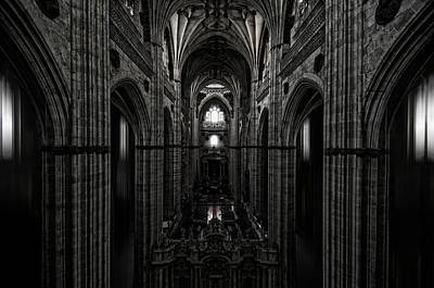 Church Architecture Photograph - The Central Ship by Jose C. Lobato