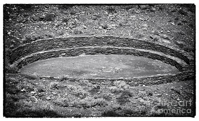Photograph - The Circle by John Rizzuto