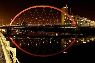 Photograph - The Clyde Arc In Red by Stephen Taylor