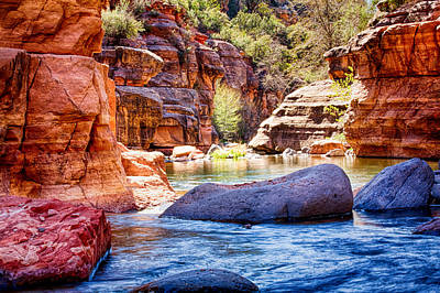 Sedona Photograph - The Colors Of Oak Creek by Fred Larson