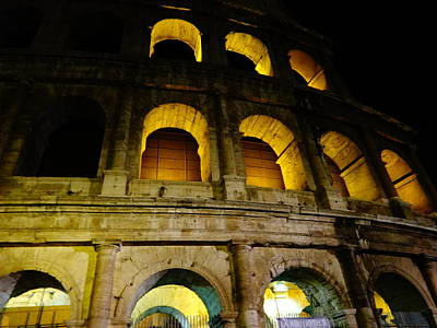 Photograph - The Colosseum At Night by Alan Lakin
