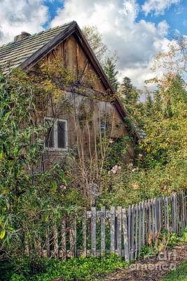 Photograph - The Cottage by Peggy Hughes